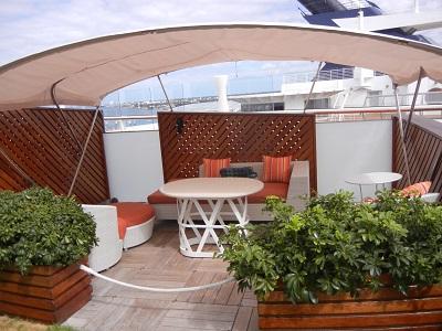 The Alcove cabana