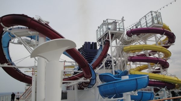 The red and blue slides on the left are the same as the AquaDunk on the Disney Magic. The floor drops out from under you!